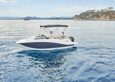 Quicksilver-555-cabin (25)