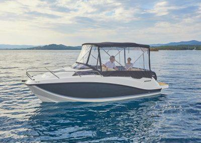 Quicksilver-555-cabin (26)