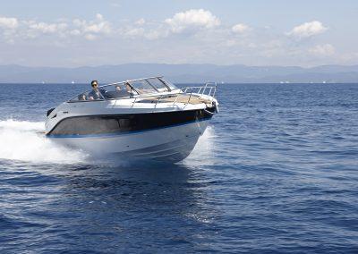 Quicksilver-805-cruiser (12)