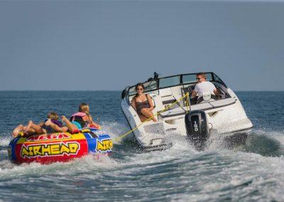 SeaRay-190-SPX-outboard (20)