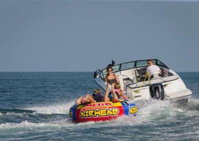 SeaRay-190-SPX-outboard (21)