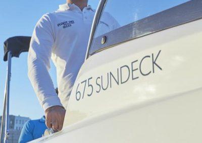quicksilver-675-sundeck (55)