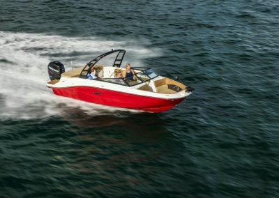 SeaRay-230-SPX-outboard (2)