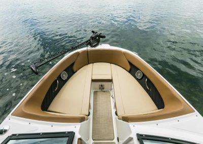 SeaRay-230-SPX-outboard (59)