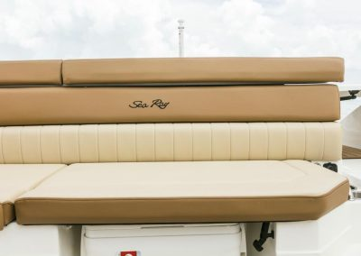 SeaRay-230-SPX-outboard (67)