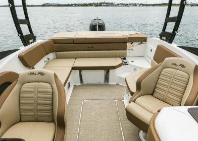 SeaRay-230-SPX-outboard (73)
