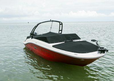 SeaRay-230-SPX-outboard (79)