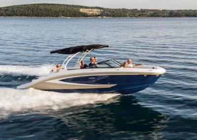 SeaRay-270-sundeck (6)