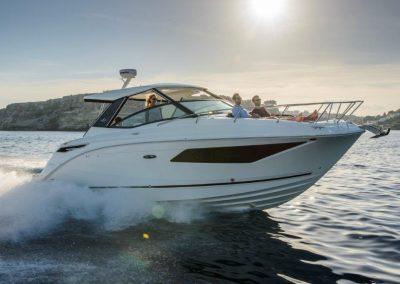 SeaRay-320-Sundancer (57)