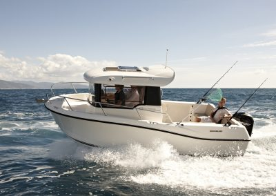 Quicksilver-605-Pilothouse (10)