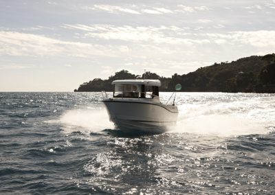 Quicksilver-605-Pilothouse (12)