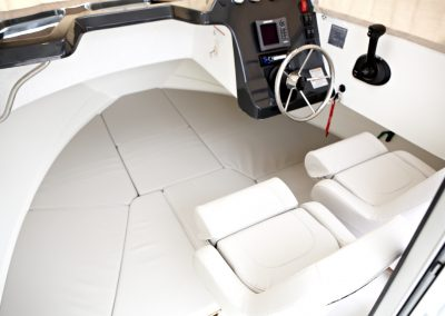 Quicksilver-605-Pilothouse (6)