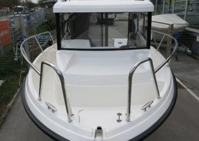 Parker 660 Pilothouse (14)