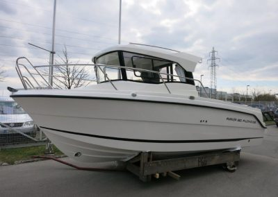 Parker 660 Pilothouse (17)