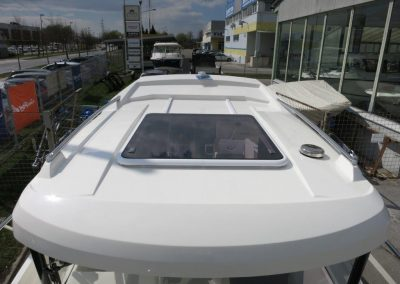 Parker 660 Pilothouse (36)