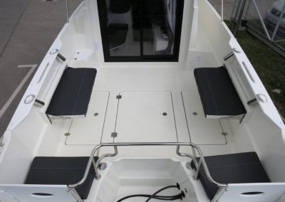 Parker 660 Pilothouse (42)