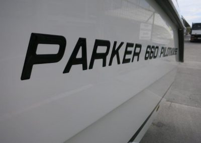 Parker 660 Pilothouse (48)