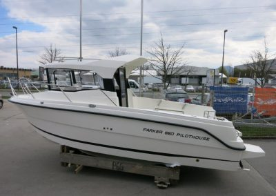 Parker 660 Pilothouse (6)