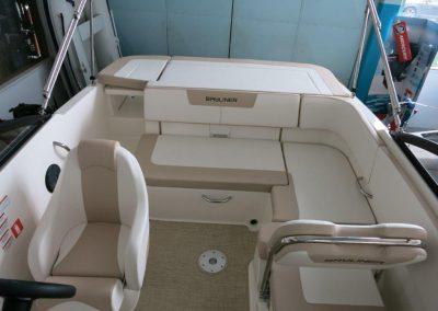Bayliner VR5 Cuddy OB (10)