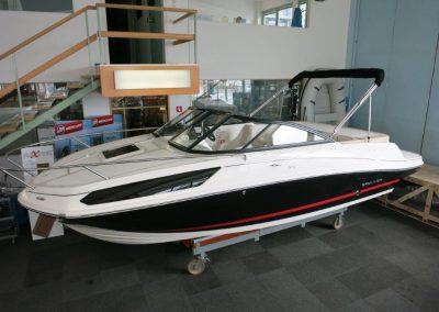Bayliner VR5 Cuddy OB (11)