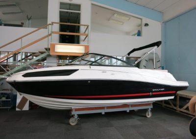 Bayliner VR5 Cuddy OB (15)