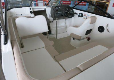 Bayliner VR5 Cuddy OB (2)