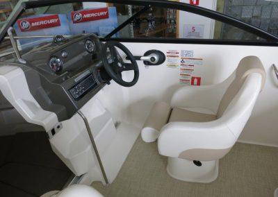 Bayliner VR5 Cuddy OB (4)