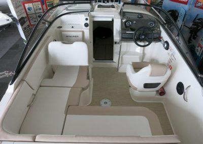 Bayliner VR5 Cuddy OB (5)